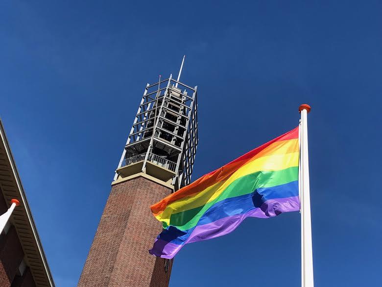 regenboogvlag in vlissingen